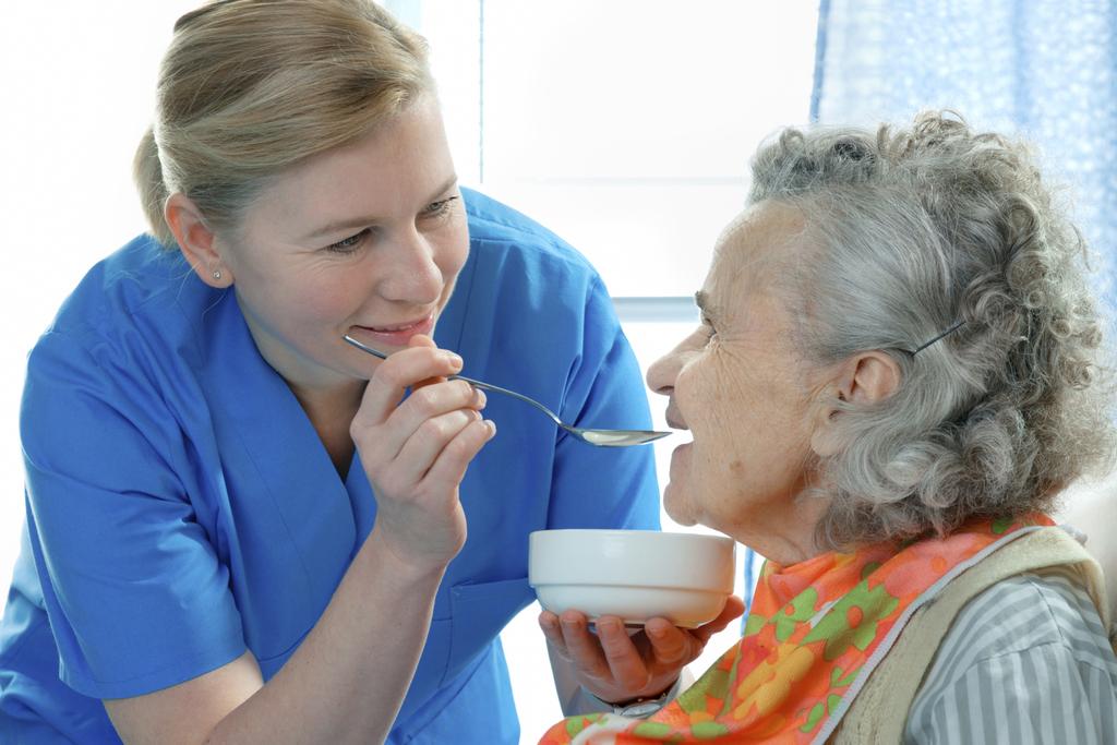 Питание при восстановлении после инсульта в домашних условиях