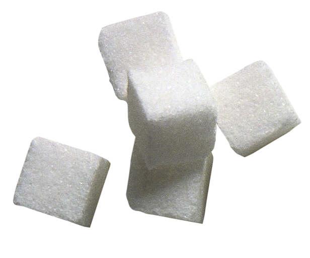 Третий способ поднять температуру - капните каплей йода на кусочек сахара и дайте его больному