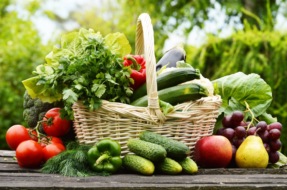 увеличение количества овощей и фруктов в системе питания