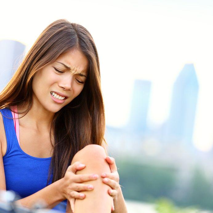 Симптомы растяжения связок коленного сустава