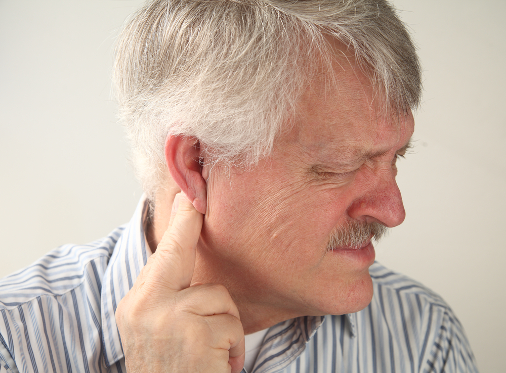 Отит: симптомы у взрослых