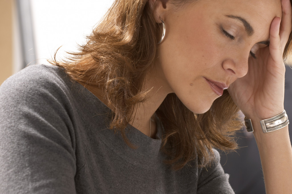 Симптомы аппендицита у взрослых женщин, могут проявляться следующим образом