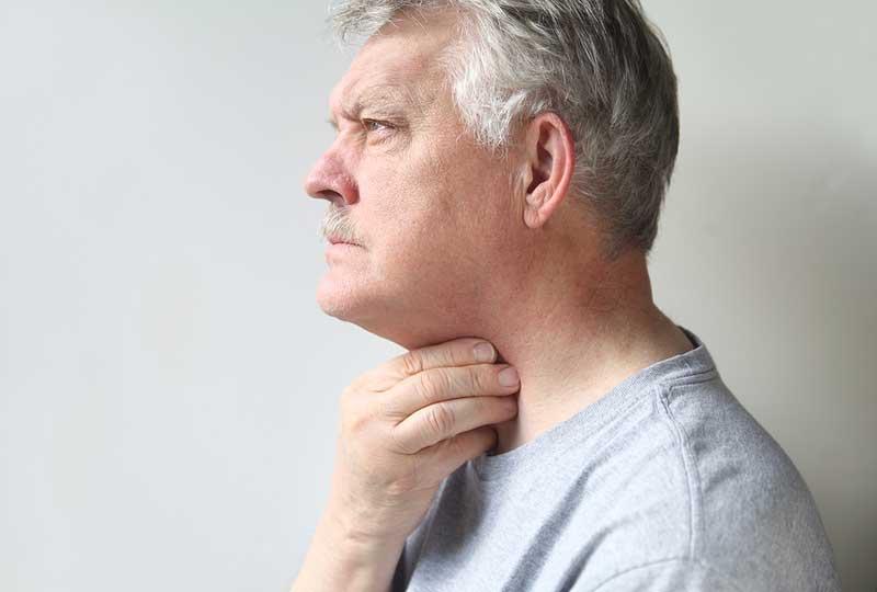 Ларингит у взрослых: симптомы и лечение