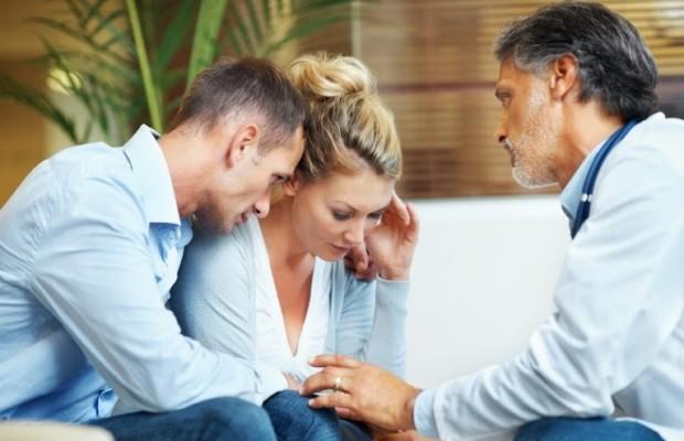 Признаки заболевания поджелудочной железы: симптомы и лечение