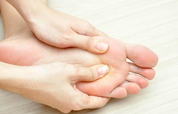 Болезни стопы ног: симптомы и лечение